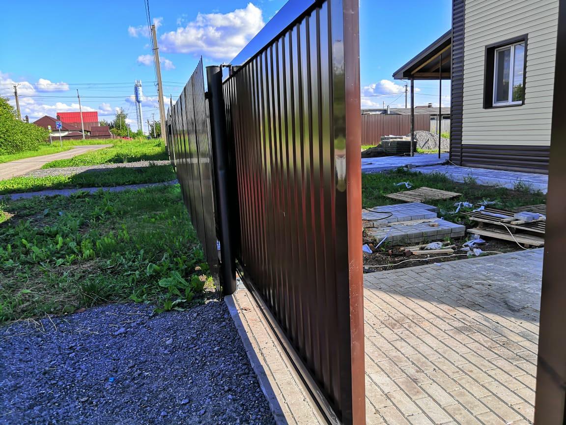 Откатные ворота 4000х2100. Комплект алюминиевой рамы под заполнение профлистом купить в Белгороде
