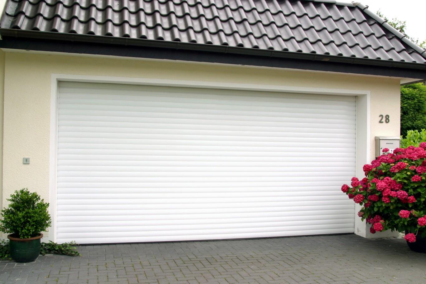 Ворота гаражные секционные 2500х2115 DoorHan купить в Белгороде